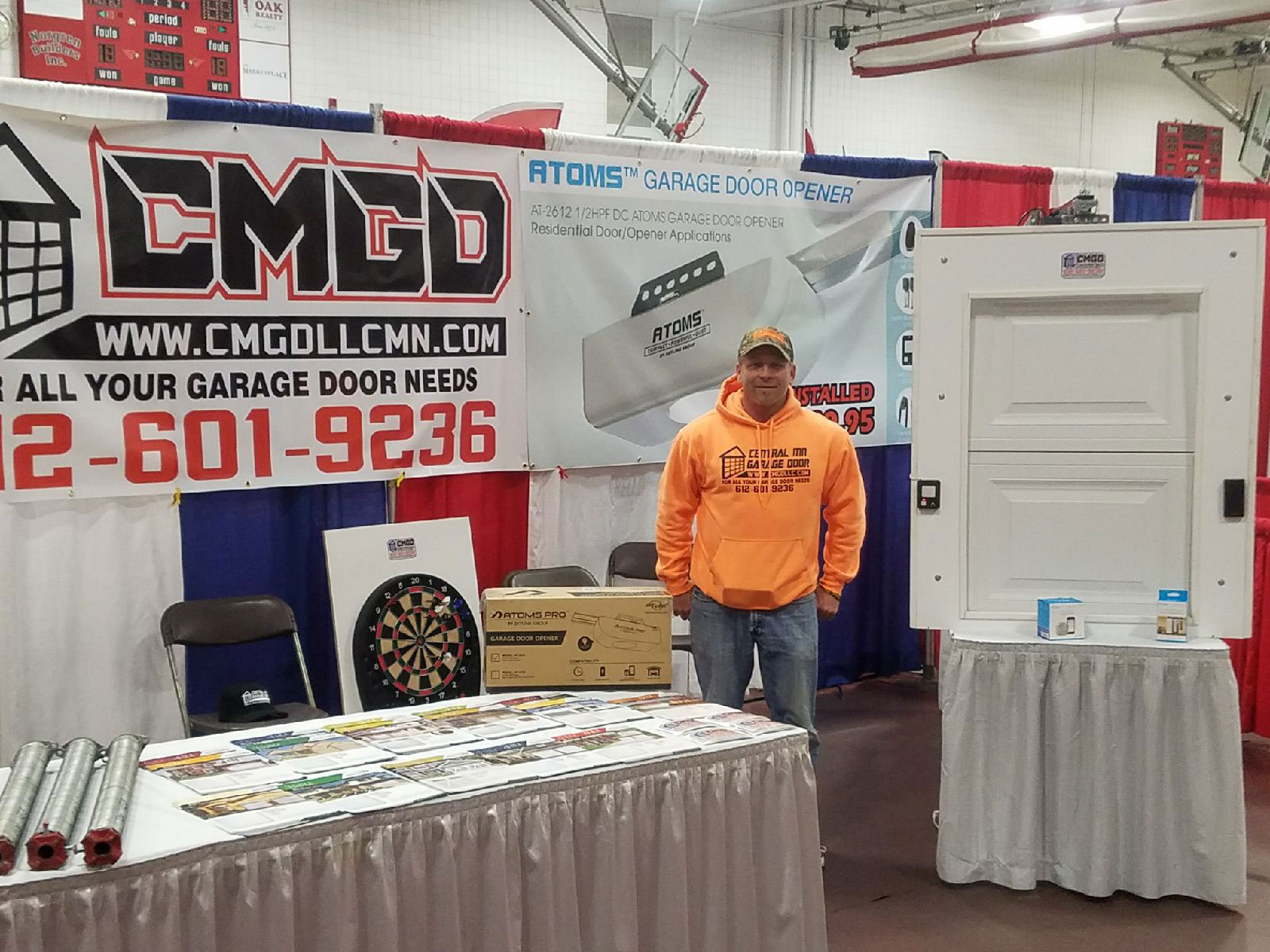 Picture of CMGD member at an Expo